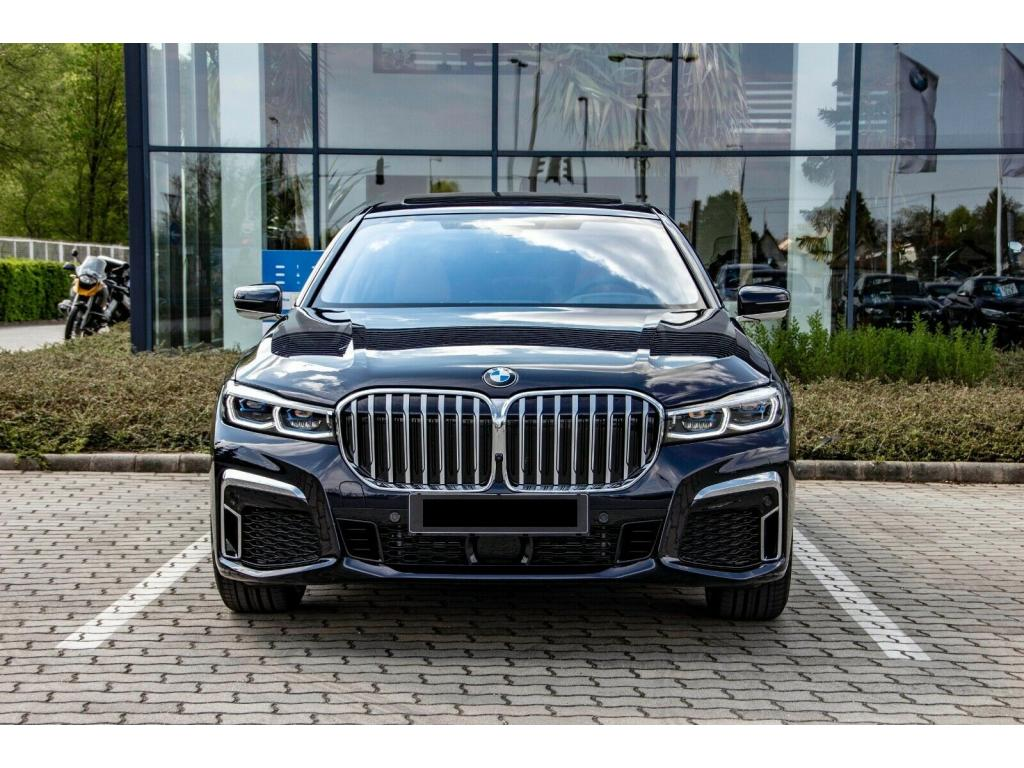 BMW 745e M SPORT PERFORMANCE
